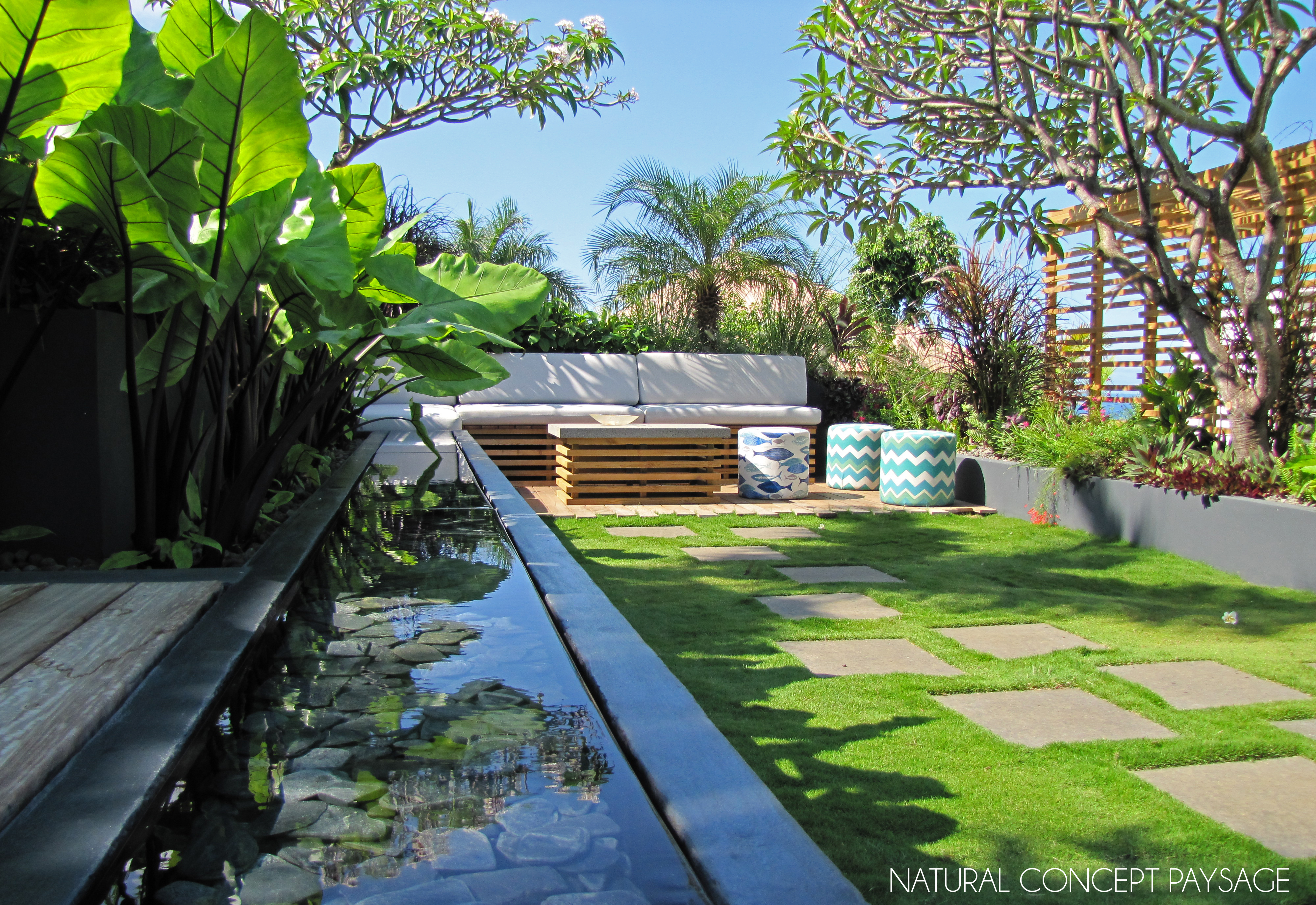 Natural concept paysage hotel blue margouillat st leu for Piscine jardin tropical